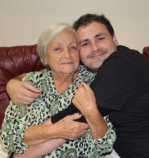 Eu e a Tia Lourdes no aniversário de um ano da Marina